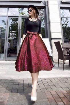 Đầm dạ tiêc áo đen phối chân váy dạ quang nỗi bật