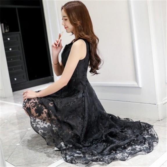 Đầm đen chiffon hoa nổi xòe 3 tầng