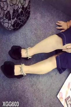 Giày búp bê đế bệt đính lông