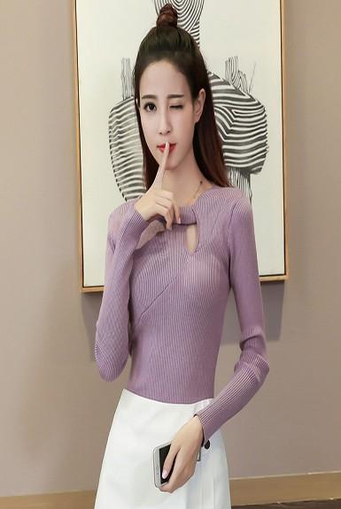 Áo len tay dài khoét giọt nước ở ngực dể thương
