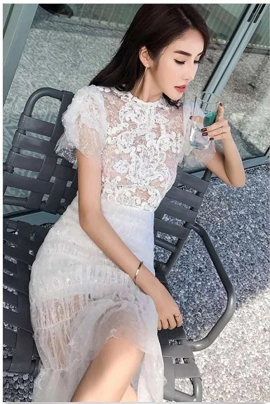 Đầm ôm body ren bèo kim tuyến