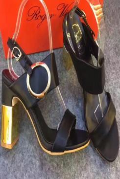 Giày cao gót roger